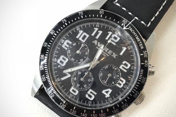 千葉県にお住いの方から腕時計のガラス交換を承りました。