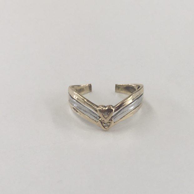 指輪をペンダントネックレスに作り替え BEFORE
