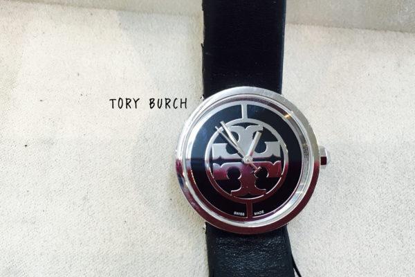 TORY BURCH(トリー・バーチ)の電池交換は店頭でお待ちの間にすぐ出来ます。