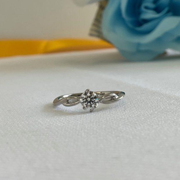 立てツメダイヤリングを出っ張りのない指輪に作り替えた事例 AFTER